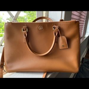 GORGEOUS Tory Burch Robinson Double ZIP Tote